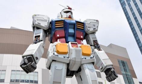 """Robot Gundam biết di chuyển cao 4-5 tầng """"cực hấp dẫn"""" tại Nhật Bản!"""